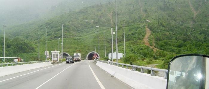 Voyage au Vietnam : les avantages à faire un road trip en voiture